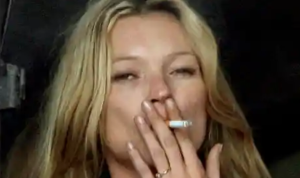 Kate Moss-inhaling cigarette